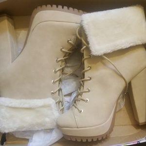 Shoes - CHUNCKY HEEL BOOTS